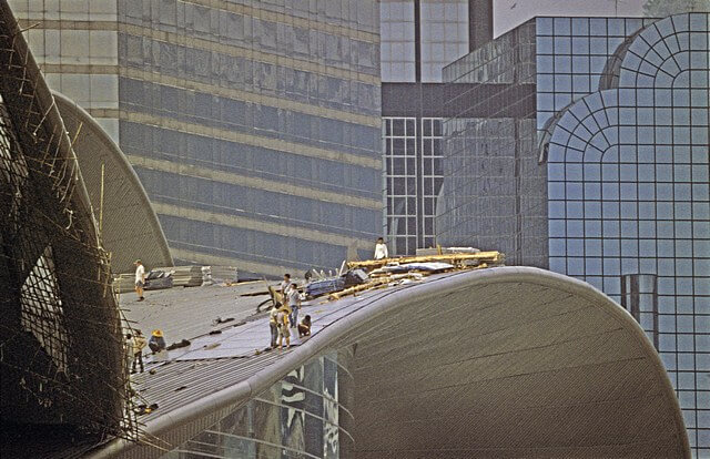 Hong Kong-Wanchai-Convention & Exhibition Centre-005-Roof Construction-1997