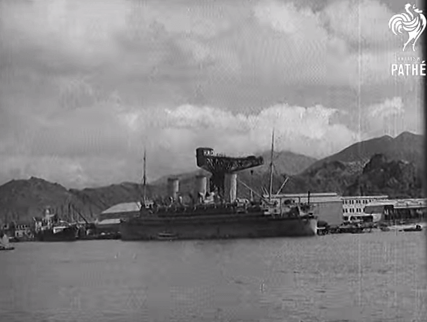 Hammerhead Crane from Pathe News film Civilians Evacuate HK 1940