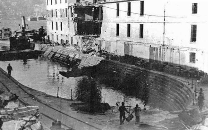 Kowloon Dockyard-War damage-005