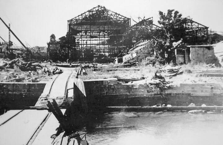 Kowloon-Dockyard-War damage-007