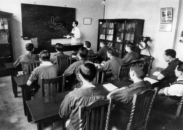 Class wotk lecture on welding techniques 1934