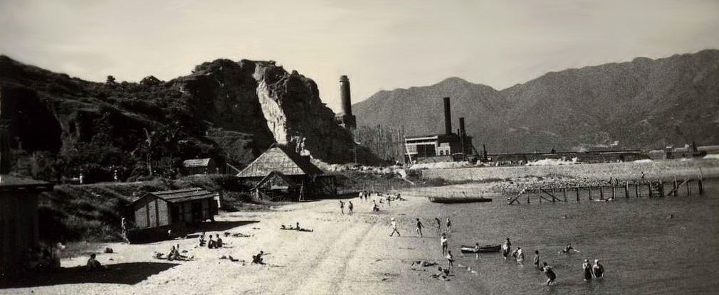 hok-un-power-station-at-rear-snipped-detail-1948-hunghom-beach
