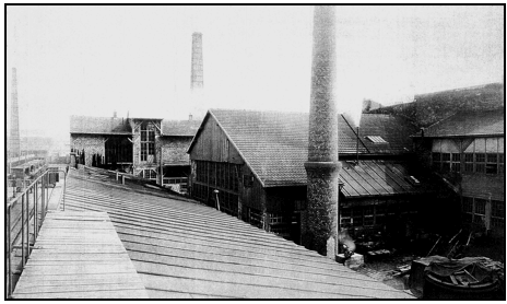 BT Factory, Paris, 1903 Courtesy: Thibault Turenne Cllection