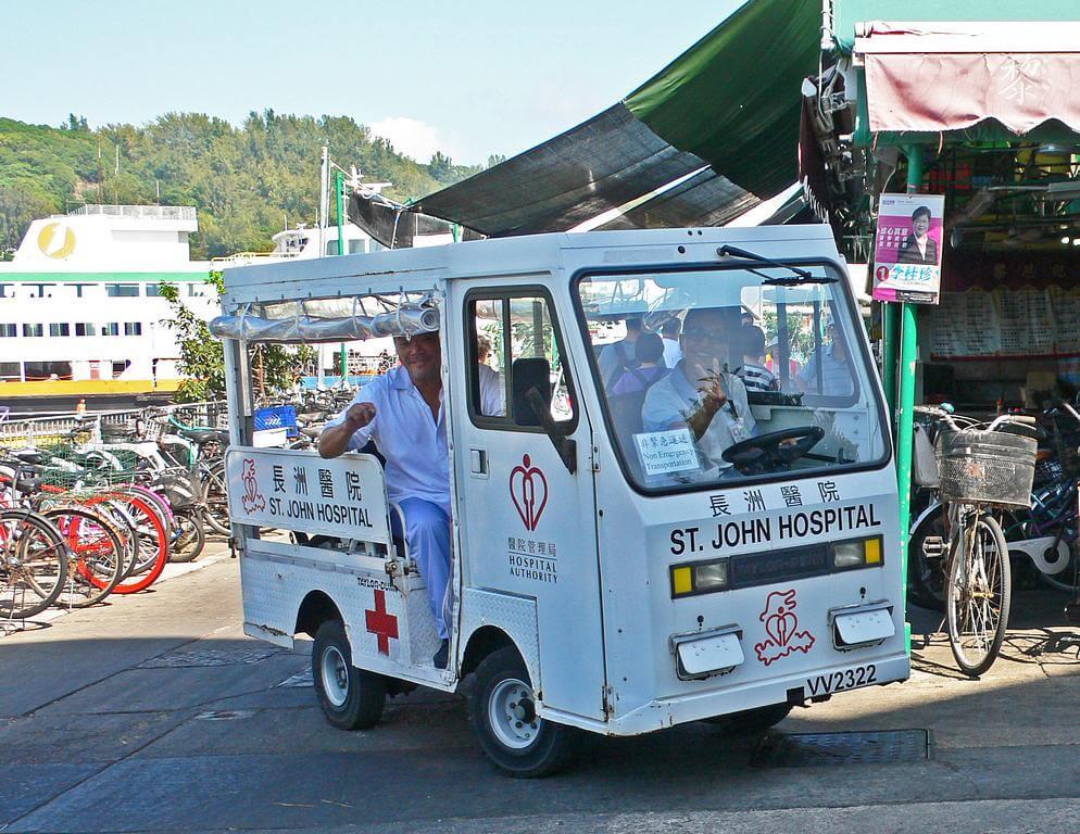 Village Vehicle Cheung Chau -TAYLOR-DUNN-ambulance a IDJ
