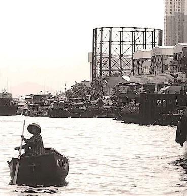 Hornsey Gas holder No 1, London – 1892, oldest surviving