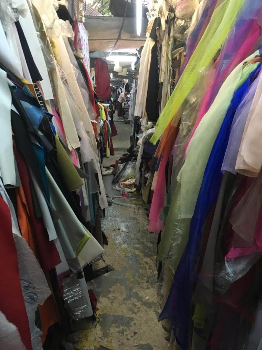 yen-chow-street-hawker-bazaar-image-d-sally-trainor