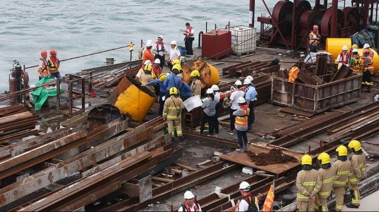 Industrial Accident On Barge Victoria Harbour SCMP 4th May 2016