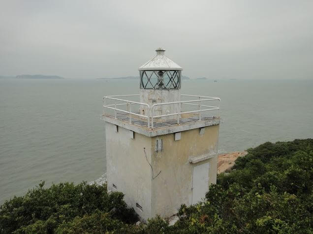Fan Lau lighthouse image
