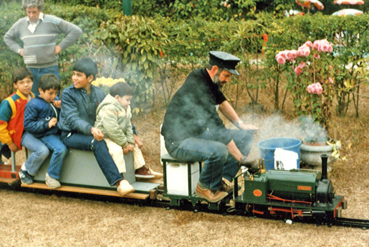 Miniature Railways HKSMEE-exhibition at USRC-steam locomotive FRODO-coal fired-entirely built in HK